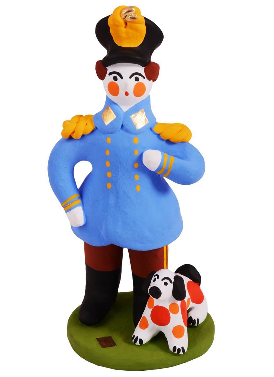 Дымковская игрушка Офицер с собачкой (15 см)