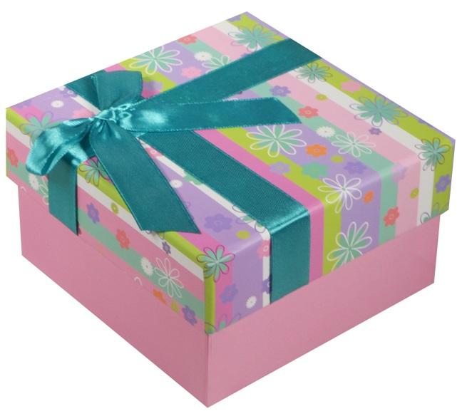 """Коробка подарочная """"Полосы с цветами"""" 13*13*7.5см"""