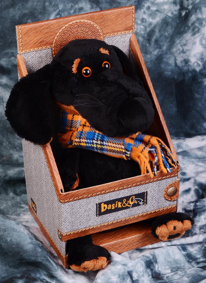 Мягкая игрушка Такса Ваксон в шарфе (25 см)