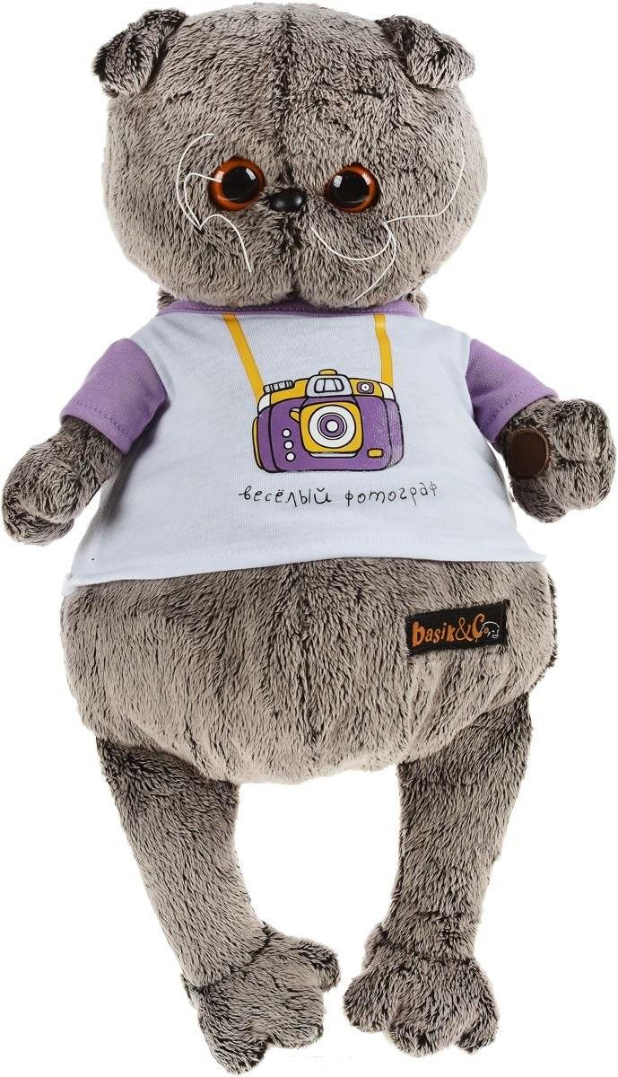 Мягкая игрушка Басик в футболке с принтом Весёлый фотограф (30 см)