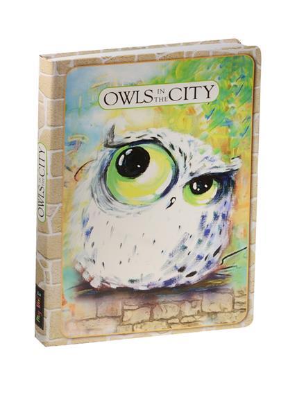 Блокнот Owls in The City Белая сова на зеленом фоне