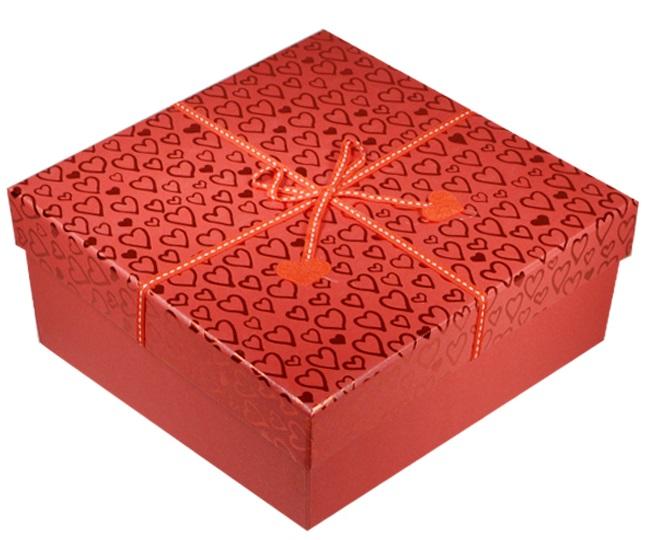 """Коробка подарочная """"Фетровые сердечки"""" 18*18*9см"""