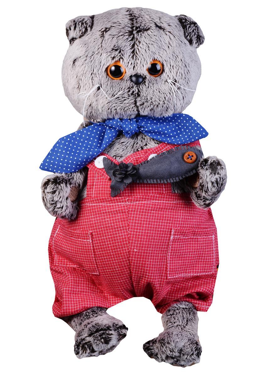 Мягкая игрушка Басик в красном комбинезоне с рыбкой (22 см)
