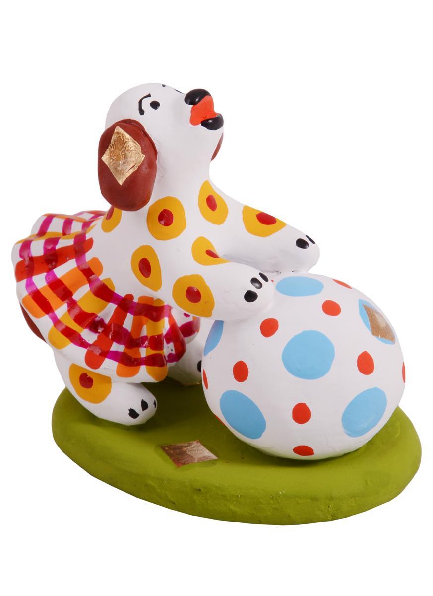 Дымковская игрушка Собачка с шаром