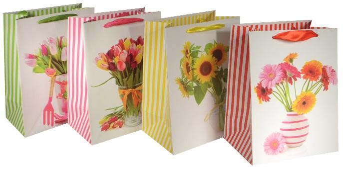 """Пакет подарочный бумажный """"Весенний букет"""", А5"""